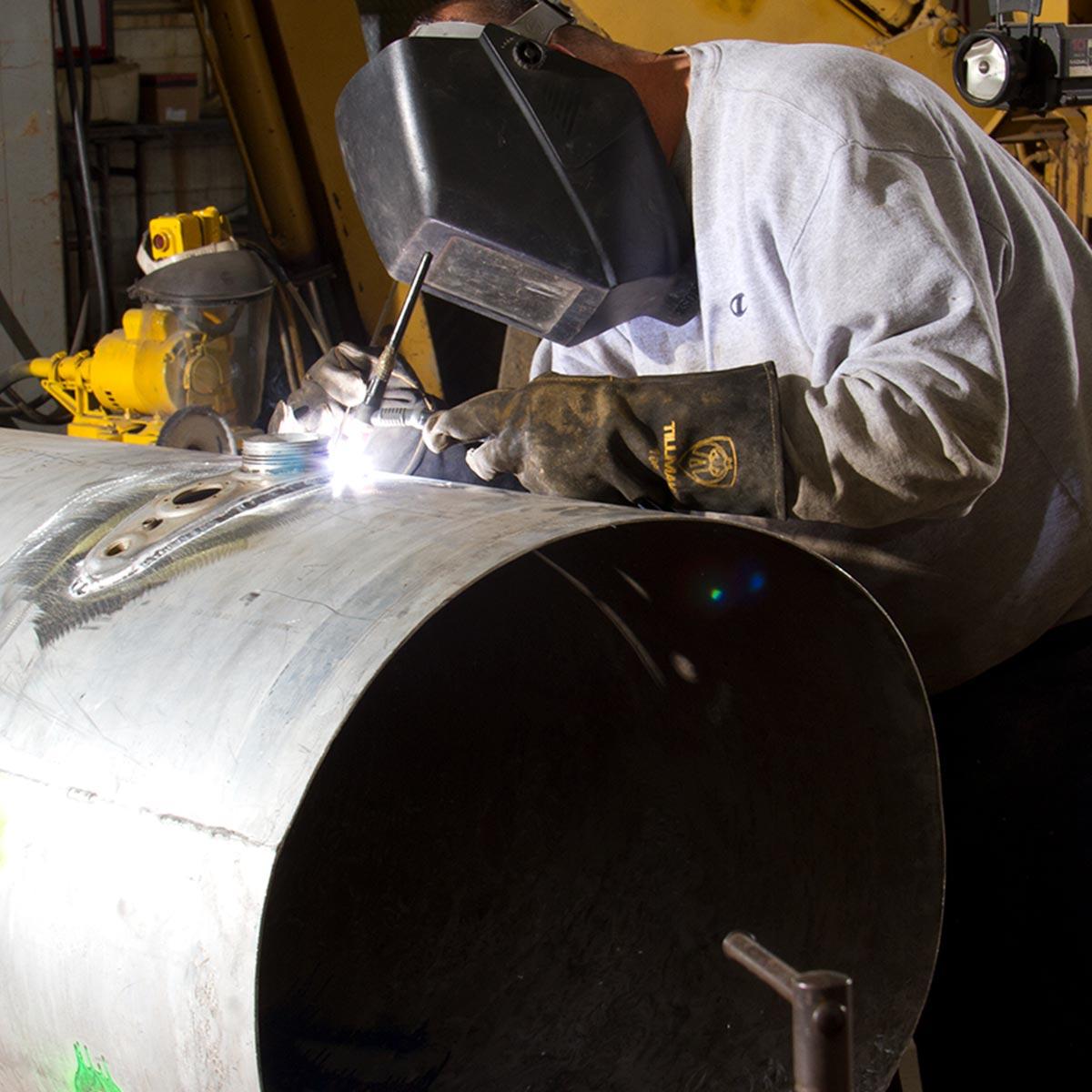 Welding for tank repair at Cicioni.